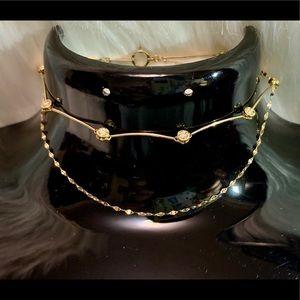BNWOT 18k real gold bracelet with diamonds